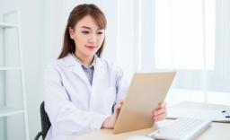 【解析】临床医学专业要读几年?毕业后只能当医生吗?